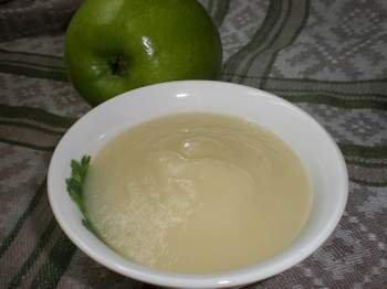 Пюре из яблочка и кабачка